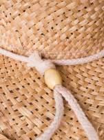 Żółty słomiany kapelusz kowbojski z troczkiem