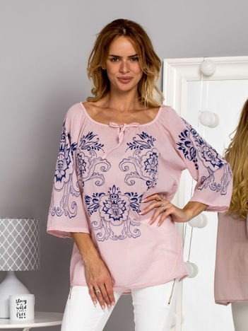 Bawełniana zwiewna bluzka z kwiatowym motywem jasnoróżowa