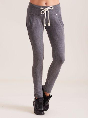 Bawełniane spodnie dresowe z troczkami ciemnoszare