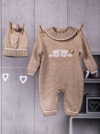 Beżowy ciepły dzianinowy niemowlęcy 2-częściowy komplet pajacyk i czapeczka zimowa