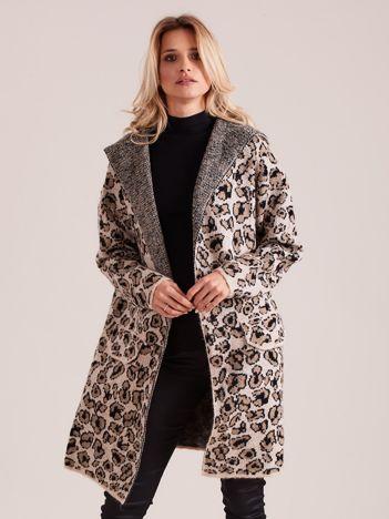 Beżowy sweter damski we wzory z kapturem