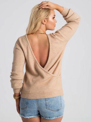 Beżowy sweter plus size Kelsie