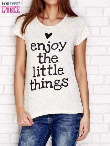 Beżowy t-shirt z napisem ENJOY THE LITTLE THINGS