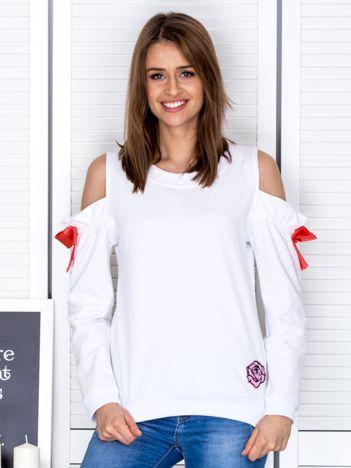 Biała bluza cut out z wstążkami
