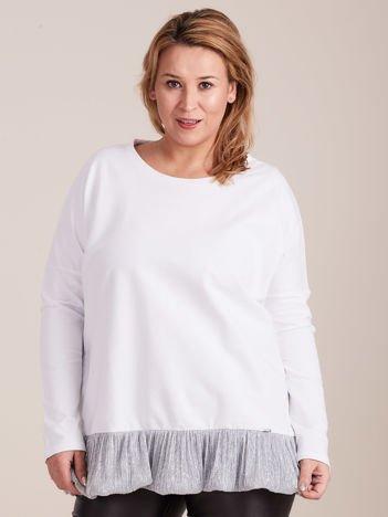 92051bd53e Biała bluzka z falbanką PLUS SIZE