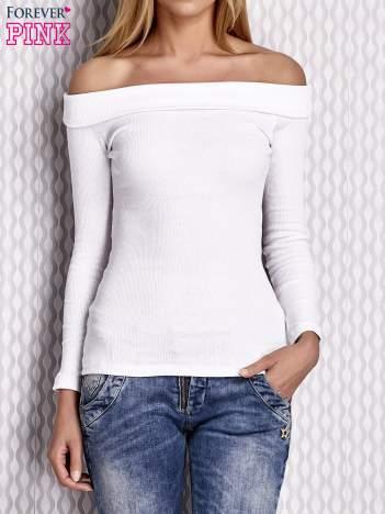 Biała prążkowana bluzka z hiszpańskim dekoltem