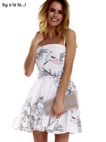 Biała sukienka w malarskie desenie BY O LA LA