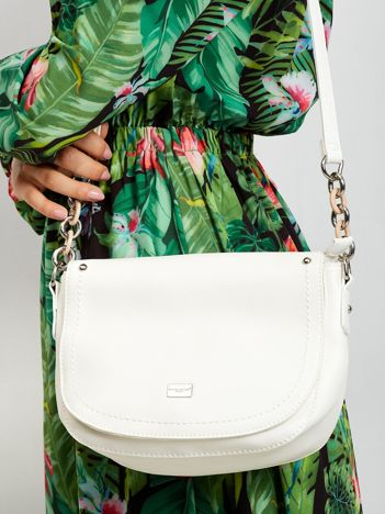 Biała torebka z klapką