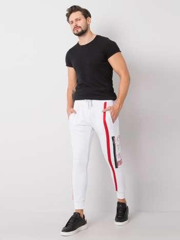Białe spodnie dresowe męskie z nadrukiem Bradley