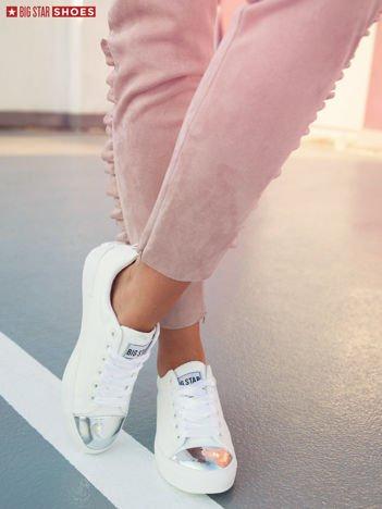 Białe sznurowane trampki BIG STAR z lustrzaną wstawką na przodzie buta