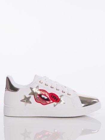 4502ee052dcff Białe trampki z ozdobną naszywką w kształcie ust i gwiazdek oraz  lustrzanozłotym przodem buta