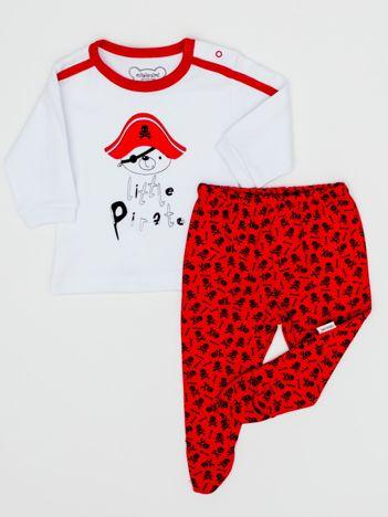 Biało-czerwona piżama dla chłopca z pirackim nadrukiem