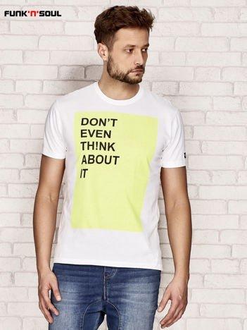 Biały t-shirt męski z kontrastowym nadrukiem Funk n Soul