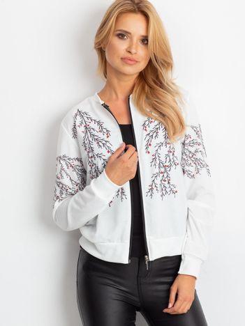 Bluza bomberka biała z motywami roślinnymi