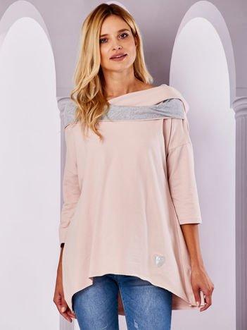 Bluza z szerokim dekoltem jasnoróżowa