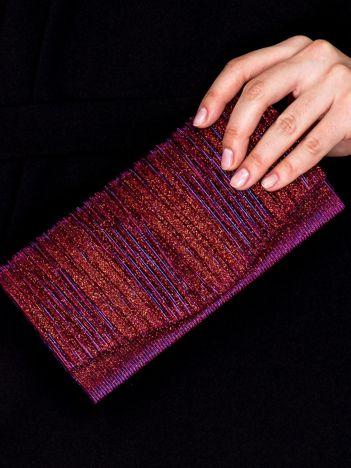 Błyszcząca kopertówka z karbowanym wzorem bordowo-fioletowa