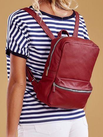 Bordowy plecak skórzany