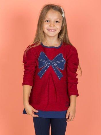 Bordowy sweter dla dziewczynki z naszywką
