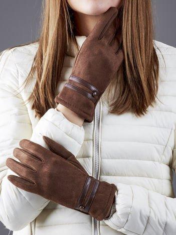 Brązowe rękawiczki z ekozamszu z guziczkami