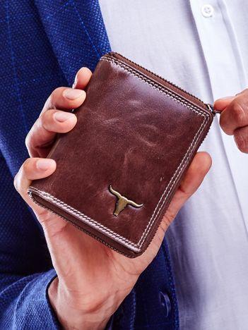 Brązowy portfel dla mężczyzny zapinany na suwak