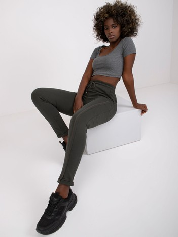 Ciemne khaki spodnie Approachable