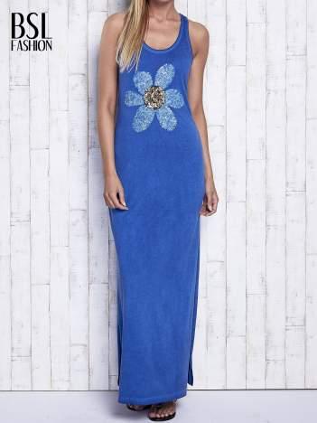 Ciemnoniebieska dekatyzowana sukienka maxi z cekinowym kwiatem