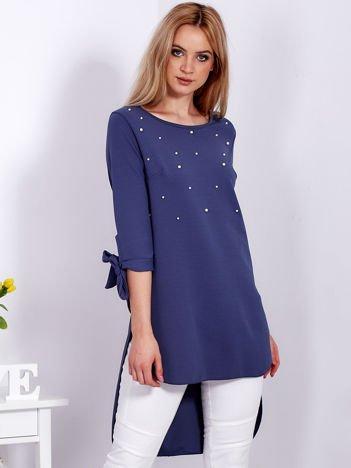 Ciemnoniebieska tunika z perełkami i wiązanymi rękawami