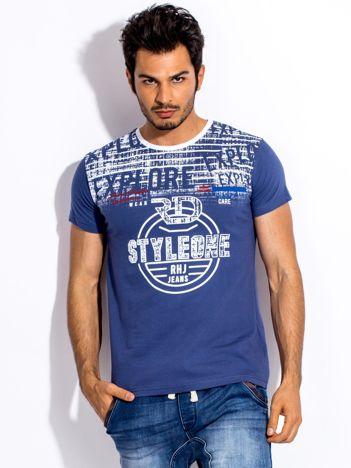Ciemnoniebieski t-shirt męski z okrągłym nadrukiem