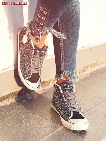 Ciemnoniebieskie pikowane sneakersy BIG STAR z ozdobnymi przeszyciami i suwakiem