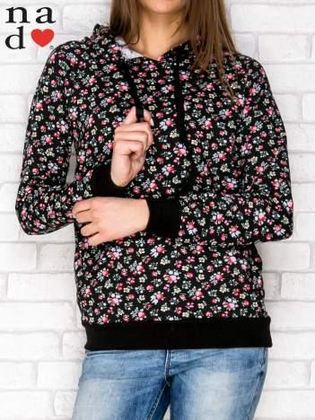Czarna bluza z kapturem nadruk kwiatowy