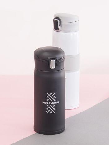 Czarna butelka na wodę ze stali nierdzewnej