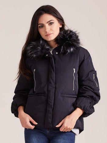 Czarna damska kurtka na zimę