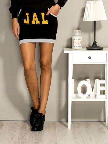 Czarna dresowa spódnica