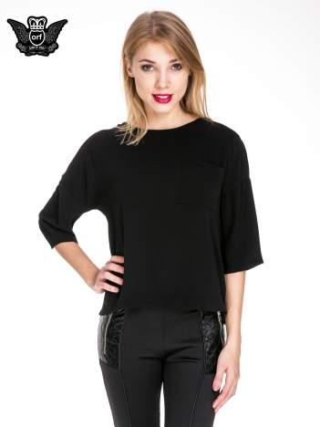 Czarna koszula z obniżoną linią ramion i kieszonką