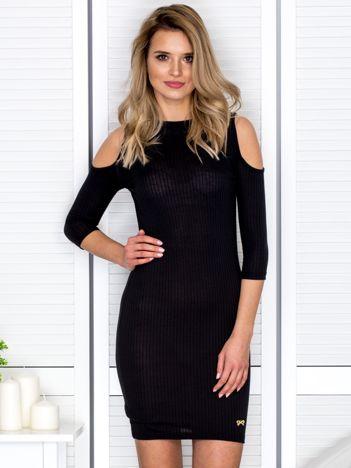 Czarna sukienka cold arms prążkowana