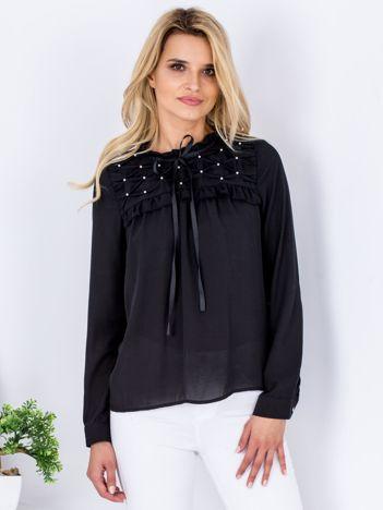 Czarna szyfonowa bluzka z wiązaniem i perełkami