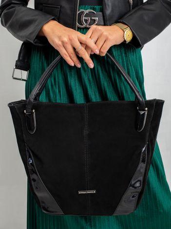 Czarna torba z lakierowanymi wstawkami