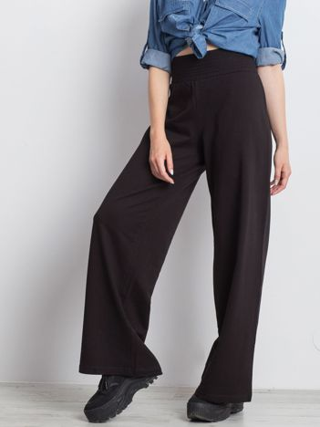 Czarne spodnie dresowe Hustling
