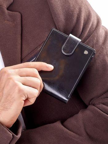 Czarny elegancki portfel skórzany