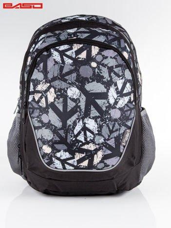 Czarny plecak z miejskim nadrukiem