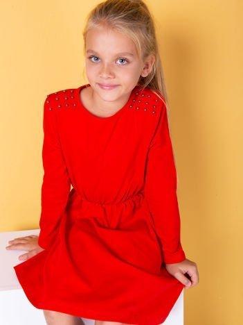 Czerwona sukienka dla dziewczynki z perełkami