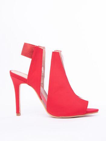 Czerwone sandały na szpilkach z transparentnymi wstawkami