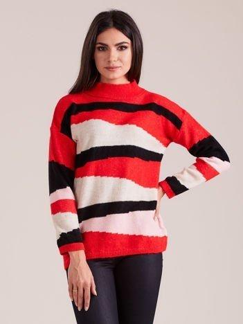 Czerwono-czarny wzorzysty sweter