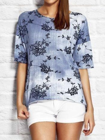 Denimowa bluzka z motywem kwiatów niebieska