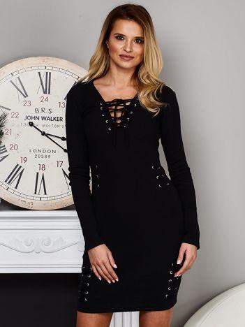 Dopasowana sukienka lace up w prążek czarna