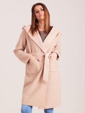 Dzianinowy płaszcz z wiązaniem beżowy