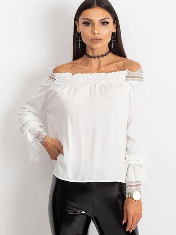 Ecru bluzka Remady