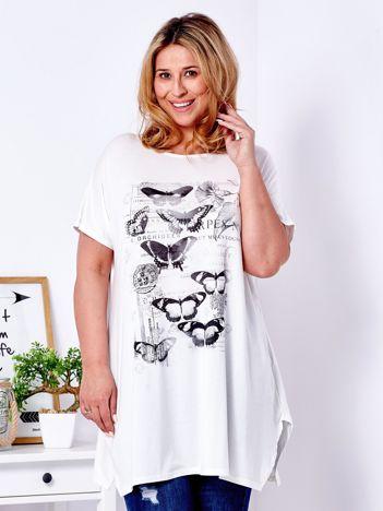 Ecru t-shirt damski w motyle PLUS SIZE