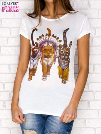 Ecru t-shirt z kotami