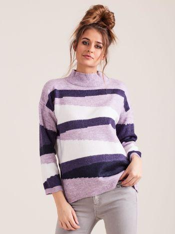Fioletowy wzorzysty sweter
